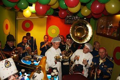 Zate Hermeniekes Festival Inne Moferter kefees